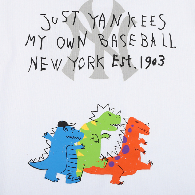 NEW YORK YANKEES UNISEX DRAWING KINO SHORT SLEEVE T-SHIRT