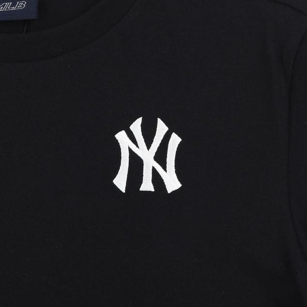 NEW YORK YANKEES BACK BIG LOGO SHORT SLEEVED T-SHIRT