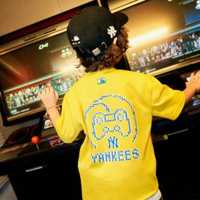 PLAY MLB 조이스틱 티셔츠 뉴욕양키스