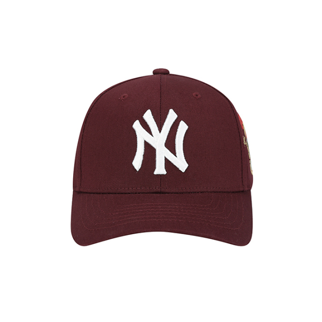 NEW YORK YANKEES SIDE CHARACTER ADJUSTABLE HAT
