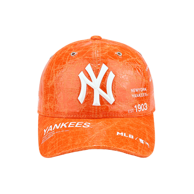 NEW YORK YANKEES NEW FABRIC ADJUSTABLE HAT