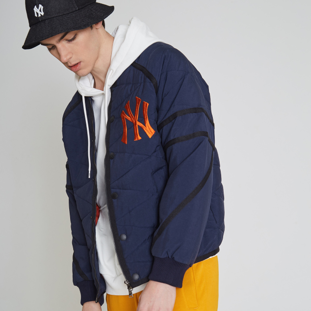 NEW YORK YANKEES STRIKE BASEBALL PADDED JACKET