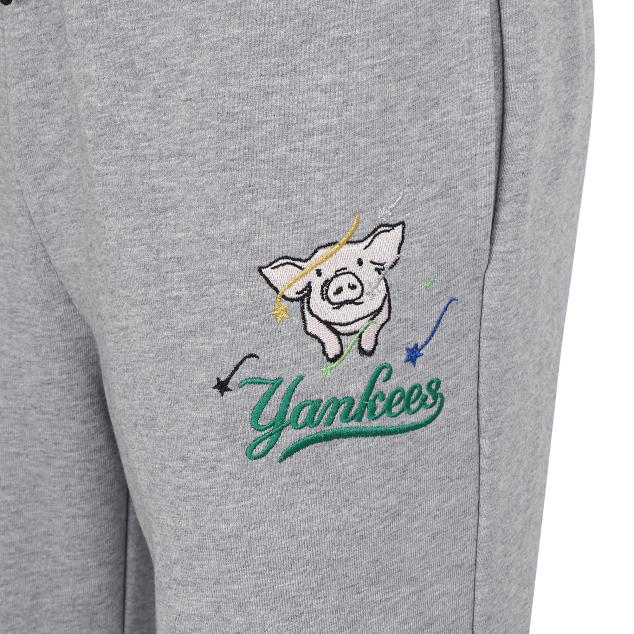 NEW YORK YANKEES LUCKY PIG TRAINING PANTS