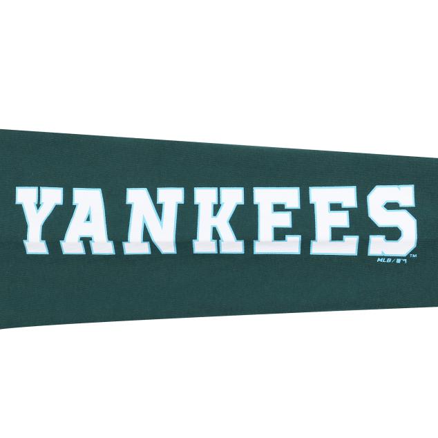NEW YORK YANKEES POCKET LETTERING LONG SLEEVE T-SHIRT