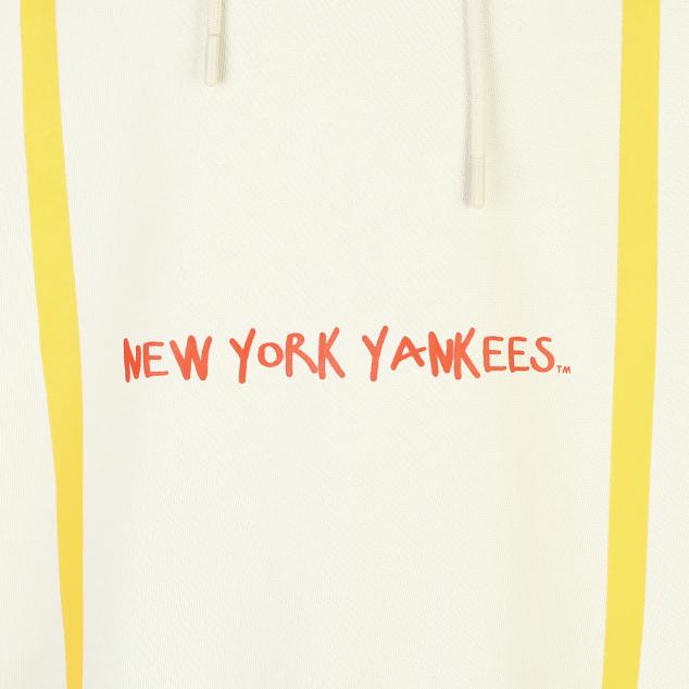 NEW YORK YANKEES CHIC BARK POSTER HOODIE