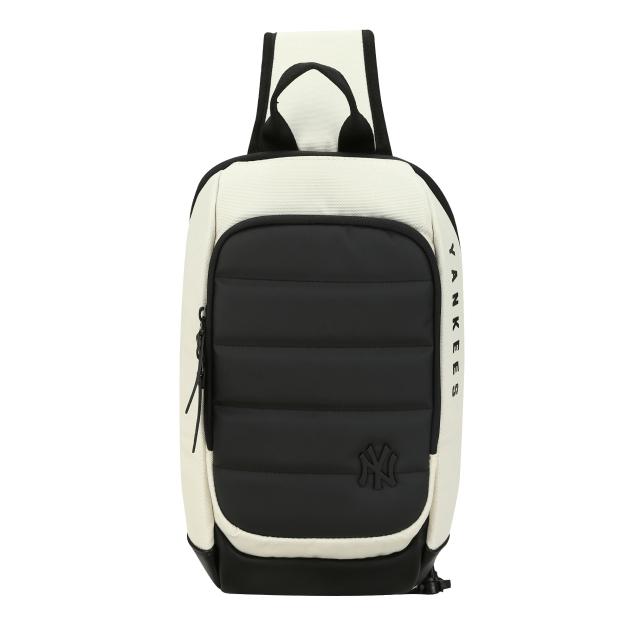 NEW YORK YANKEES PROTECTOR SLING BAG