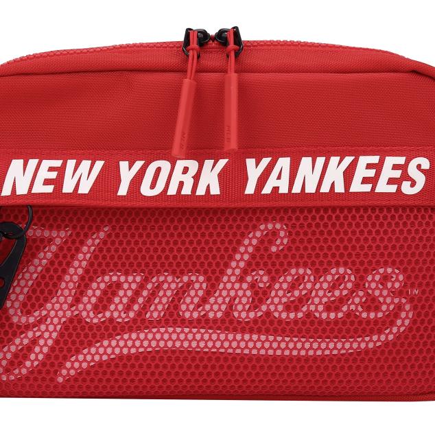 NEW YORK YANKEES ZEST CROSS BAG