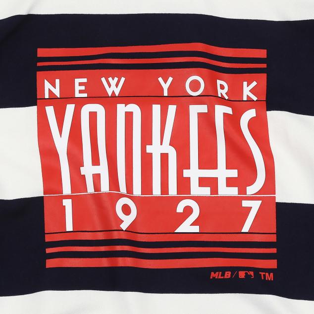 NEW YORK YANKEES STRIPE COLOR RHYTHMICAL SWEATSHIRT
