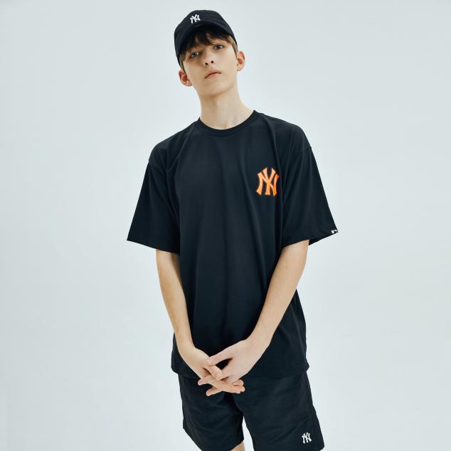 네온아트 헤리티지 오버핏 반팔 티셔츠 뉴욕양키스