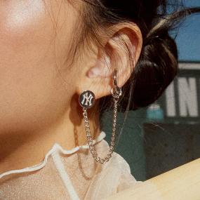 미니로고 이어커프 싱글 귀걸이 뉴욕양키스