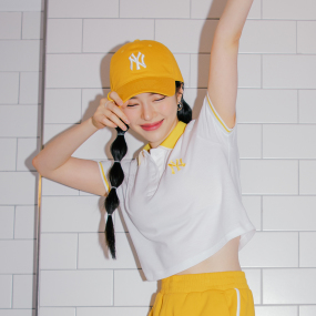 여성 로고 베이직 카라 크롭 반팔 티셔츠 뉴욕양키스