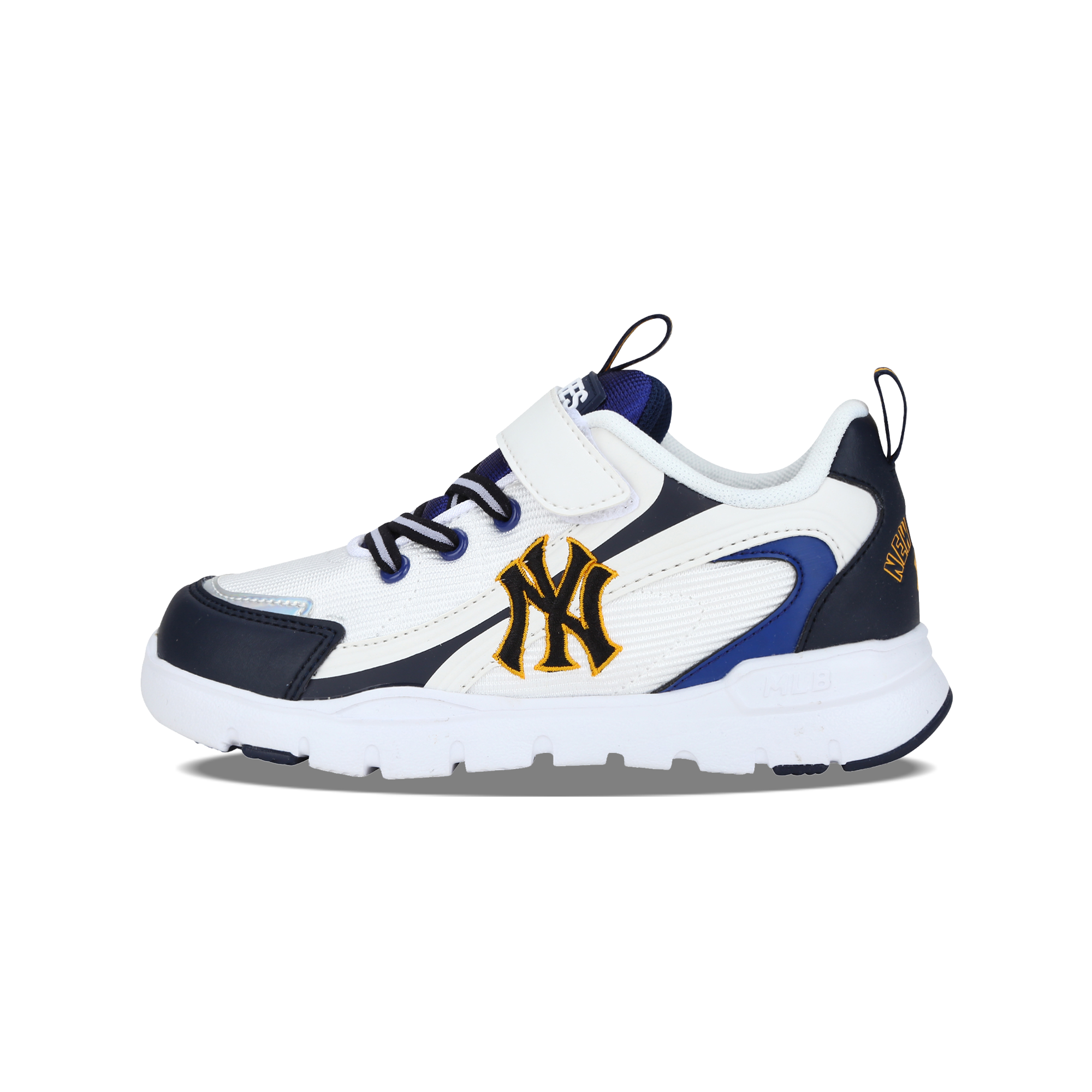 NEW YORK YANKEES SLAM SNEAKERS