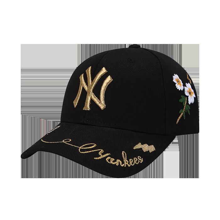 GOLD BEE CURVE CAP