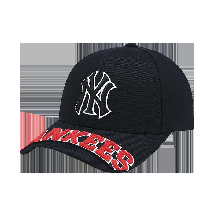 NEW YORK YANKEES BOUCLE LOGO CURVE CAP