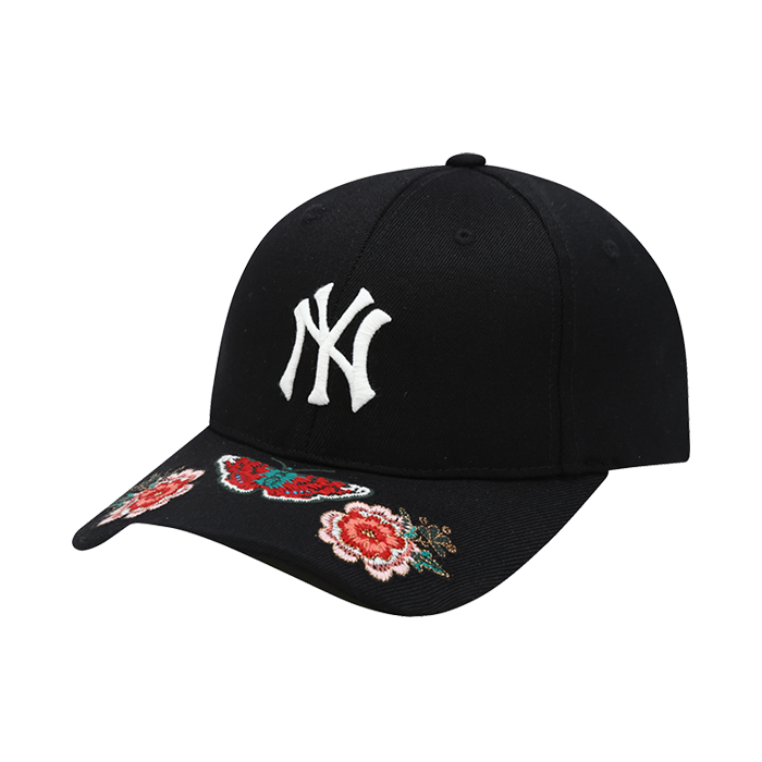 NEW YORK YANKEES FLOWER UPPER BRIM EMBROIDERY CURVE CAP