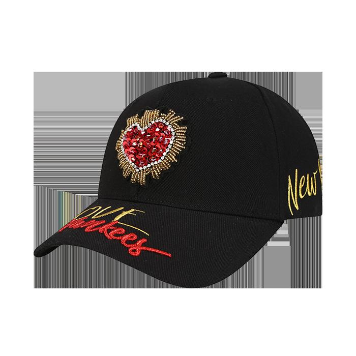 NEW YORK YANKEES LOVE STREET ADJUSTABLE HAT