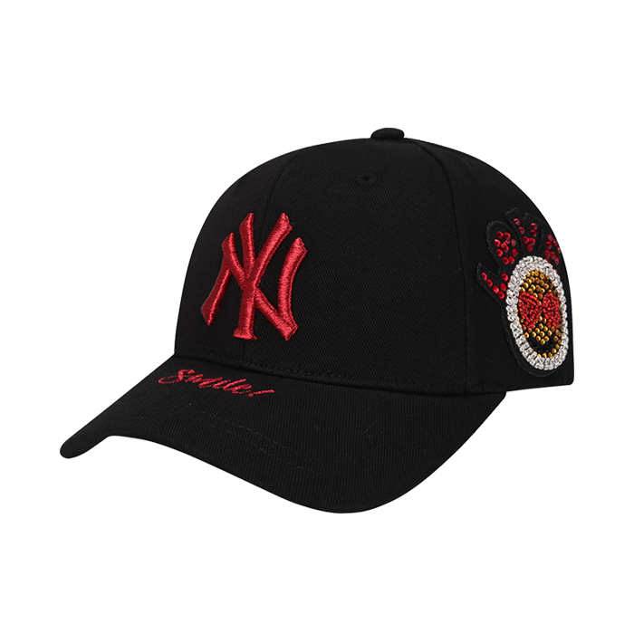 NEW YORK YANKEES SMILE JEWELRY ADJUSTABLE HAT