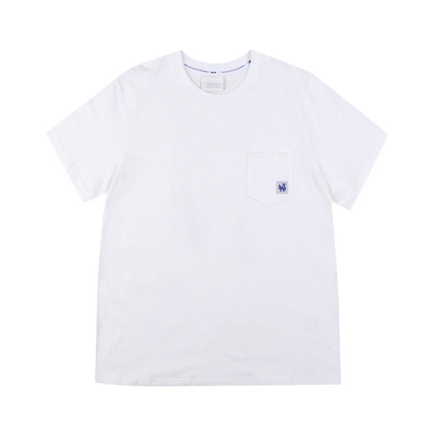 NEW YORK YANKEES SMALL LABEL LOGO POCKET SHORT SLEEVED T-SHIRT