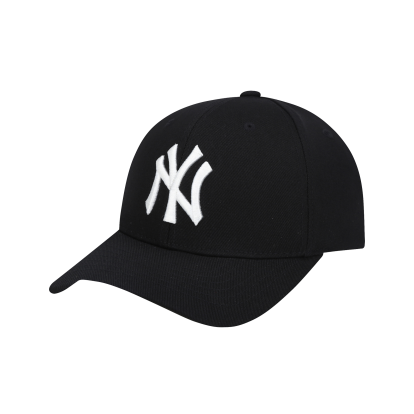 NEW YORK YANKEES CAPTAIN ADJUSTABLE CAP