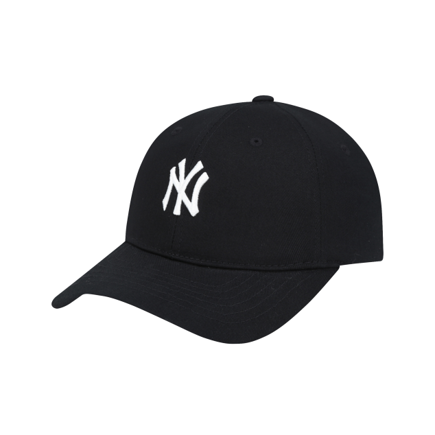 NEW YORK YANKEES LUCKY BALL CAP
