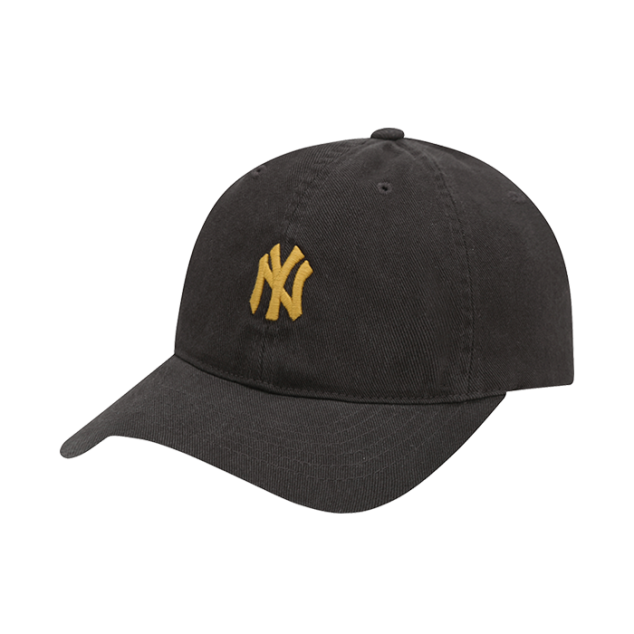 NEW YORK YANKEES SLUGGER BALL CAP