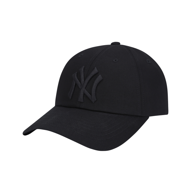 NEW YORK YANKEES MILKY BALL CAP