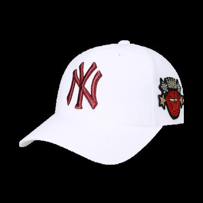 NEW YORK YANKEES BLOOMING LIP POINT ADJUSTABLE HAT
