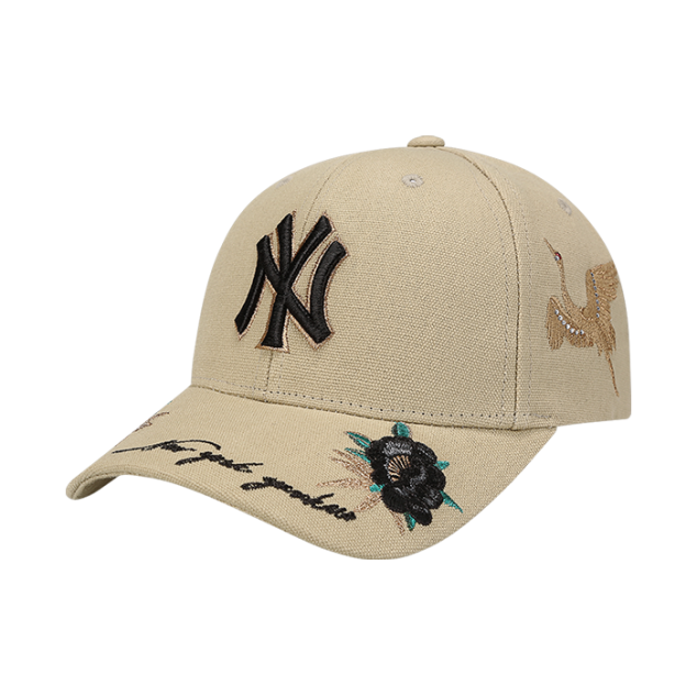 NEW YORK YANKEES ROSE BIRD ADJUSTABLE HAT