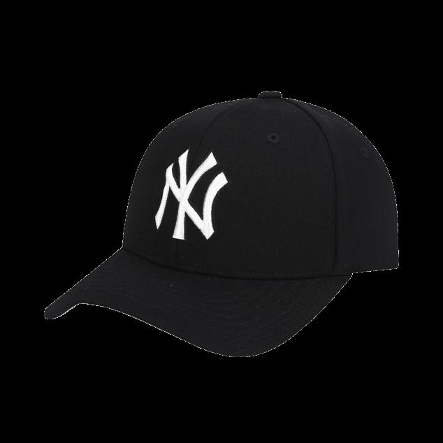NEW YORK YANKEES BEHIND CURVED CAP